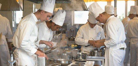 Trabajo y Estudio: dos pilares para crecer en la Gastronomia